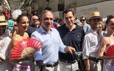 Juanma Moreno critica la «falta de recursos» ante la «avalancha de inmigrantes»