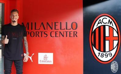 El malagueño Samu Castillejo ficha por el Milan