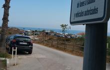 Playas implica a los chiringuitos en la recuperación del vallado destruido en la duna Real de Zaragoza