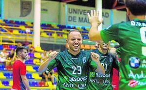 El UMA Antequera gana al Mengíbar (4-2)