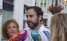 Daniel Pérez critica la «abandonada» feria del Centro, pero no ofrece grandes alternativas