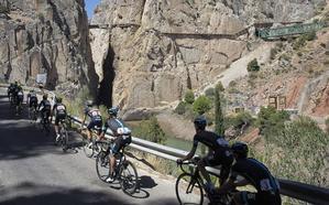La serpiente multicolor de la Vuelta a España rodará por la provincia de punta a punta