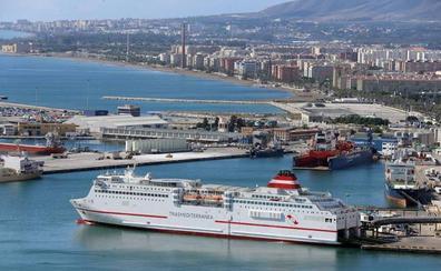 Trasmediterránea refuerza la línea entre Málaga y Melilla por la alta demanda