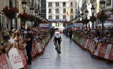 La Vuelta viste de fiesta a Málaga