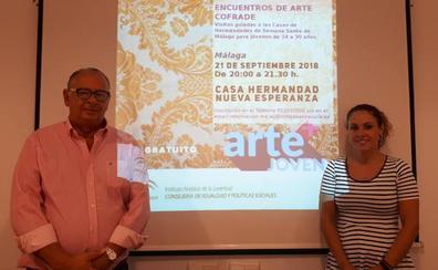 La Junta y la Agrupación organizan visitas guiadas para jóvenes a cinco cofradías de Málaga