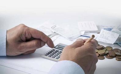 ¿Puedo emitir facturas sin estar dado de alta como autónomo?
