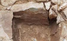 Un vecino encuentra una tumba de la Edad del Bronce en Periana