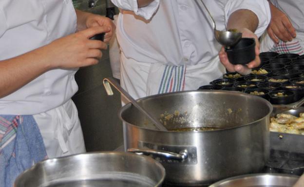 Ofertas de empleo del instituto imfe de m laga para esta - Trabajo de ayudante de cocina para colegios ...
