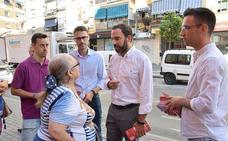 El PSOE Málaga lleva a Cruz de Humilladero su campaña de recogida de demandas vecinales