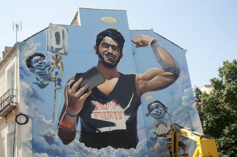 Lagunillas homenajea a Pablo Ráez con su mayor graffiti