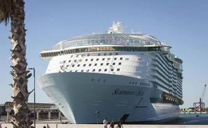 El crucero 'Symphony of the Seas' volverá a Málaga el 30 de octubre