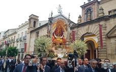 La lluvia no impide la procesión de la Patrona de Antequera, la Virgen de los Remedios