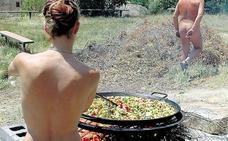 Un pueblo al desnudo