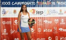 La malagueña Raquel Segura, campeona de España júnior en pádel