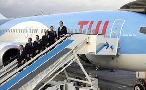 El operador TUI bautiza un nuevo Boeing737 con el nombre Costa del Sol
