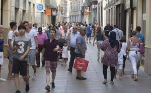 Sindicatos y federaciones de comercio rechazan ampliar la libertad horaria en Málaga