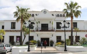La Guardia Civil vincula ahora a los abogados del Consistorio de Mijas en la trama de las subastas