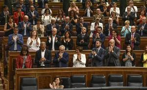 El Congreso da luz verde al traslado de Franco a un lugar desconocido