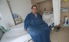 Operan con éxito en el Hospital Clínico el paciente que llegó a pesar 300 kilos