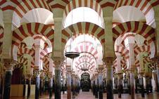 Una comisión de expertos defiende que la Mezquita de Córdoba «nunca» fue de la Iglesia