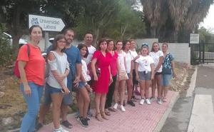 Ni instituto ni prefabricadas: la odisea de 180 alumnos de Teatinos