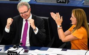 Europa pone coto al 'Far West digital' abanderado por los gigantes de Internet