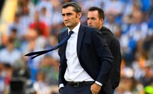 El Barça manda pero no se divierte
