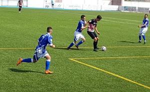 El Alhaurino se impone al Loja por la mínima en un partido con nueve goles
