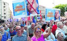 Multitudinaria protesta en Budapest contra Orban y en favor de los valores de la UE