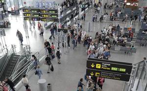 La Junta toca a rebato para buscar las causas del frenazo turístico