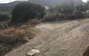 Rincón de la Victoria: Con baches y sin asfaltar