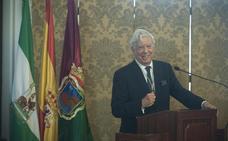 Mario Vargas Llosa: «La transformación de Málaga es prodigiosa»