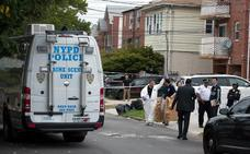 Tres bebés y dos adultos, apuñalados en una guardería en Nueva York