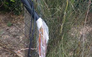 Barriadas de Campanillas llevan casi un mes sin teléfono fijo ni Internet por el robo de cable