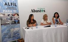 Grupo Alfil entrega 30 becas para alojamiento dirigidas a universitarios de la ciudad