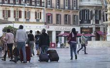 Un tribunal ya tumbó en Cataluña el intento de imponer otra tasa de basura a los pisos turísticos
