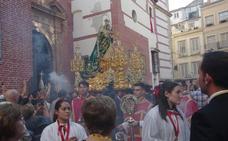 La Virgen de los Remedios recorre el Centro para abrir el otoño cofrade