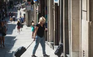 Expedientan a cinco propietarios de viviendas protegidas en Málaga por darle uso turístico