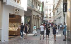 PP y C's aprueban pedir a la Junta extender la libertad horaria comercial a toda la ciudad