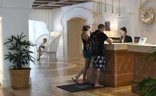 El turismo nacional salva el negocio hotelero en el mes de agosto en la Costa del Sol