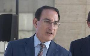 El presidente de la CEA presiona a Díaz para que desvele la fecha de las elecciones