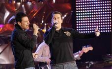 Andy y Lucas llaman «mamarracha» a una concejala de un pueblo de Granada en pleno concierto