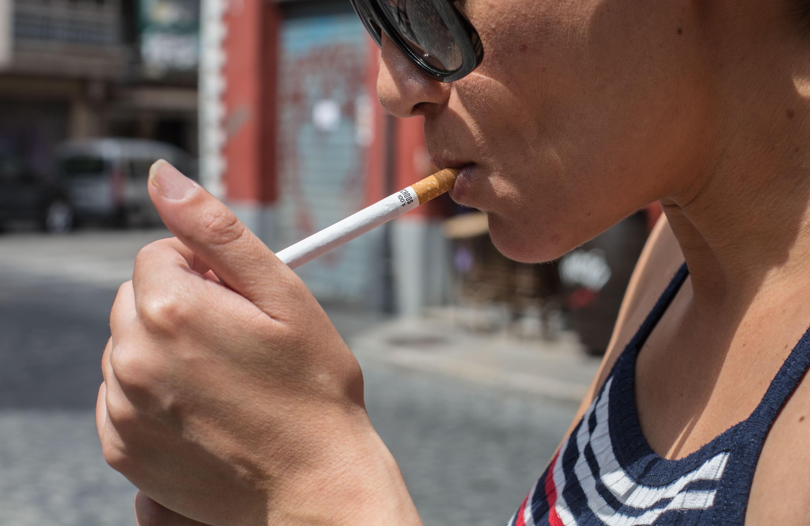 Una campaña intenta prevenir el cáncer oral, que se detecta tarde en el 75% de los casos
