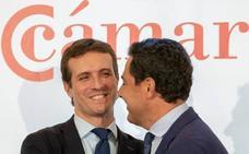 Casado lanza un órdago a Cs para que diga ante notario «que no va a apoyar a Susana Díaz»