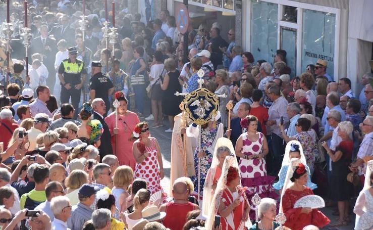 Procesión de la Virgen del Rosario en Fuengirola