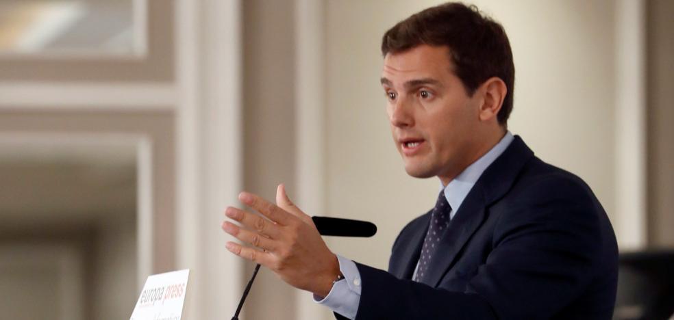 Rivera presentará en el Congreso una 'ley antidedazos' en las empresas públicas