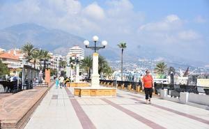 Fuengirola financiará la renovación de las cubiertas de los locales comerciales del Puerto