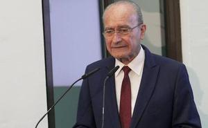 El alcalde de Málaga se muestra apenado y se solidariza con la familia