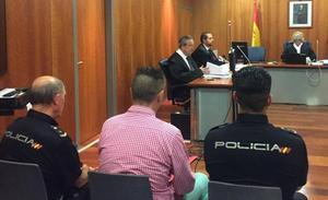 Un guardia civil dice que se fue tras un accidente porque nadie le avisó de que hiciera el test de alcoholemia