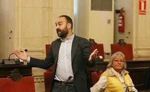 Bronca entre el concejal de Seguridad de Málaga y los bomberos: «¿Gilipollas me has dicho? ¿Lo han escuchado?